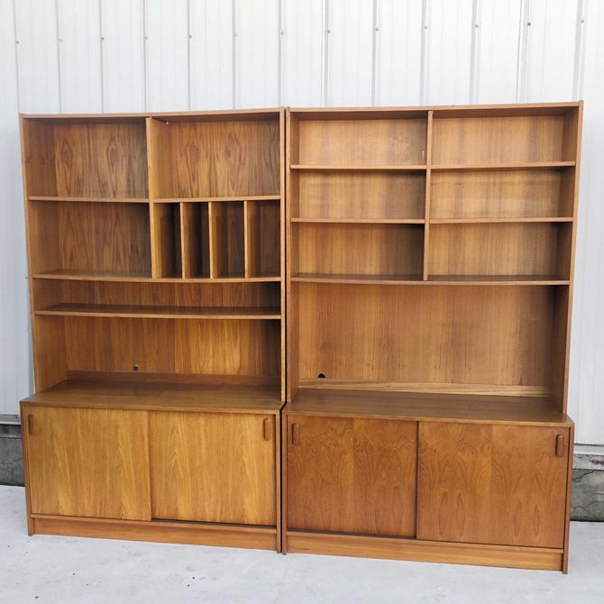 Scandinavian Modern Bookcase- a Pair by secondhandstory
