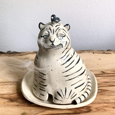 Incense Burner - smoking tiger and a magpie by PinchofClayCo
