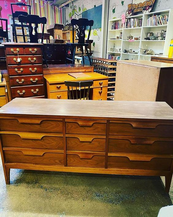 """Tall Midcentury 9 drawer dresser with a laminate top - 18"""" x 62.5"""" x 30.5"""""""