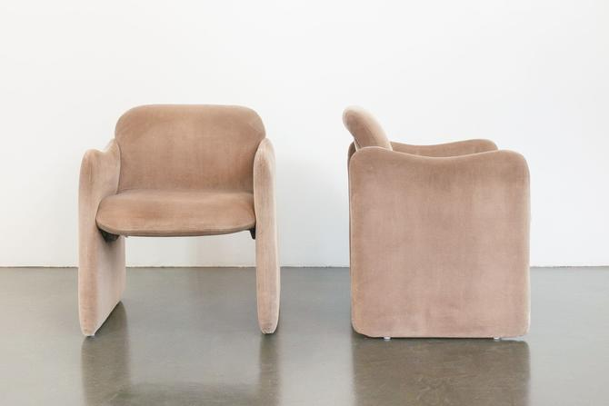 Minimalist Velvet Chairs by HomesteadSeattle