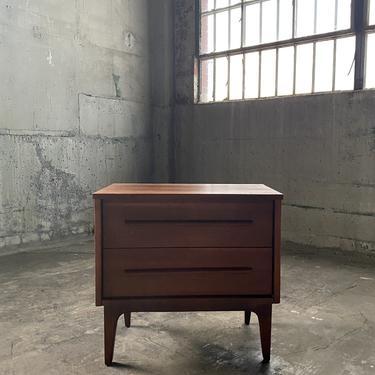 Vintage Mid-Century Nightstand End Table