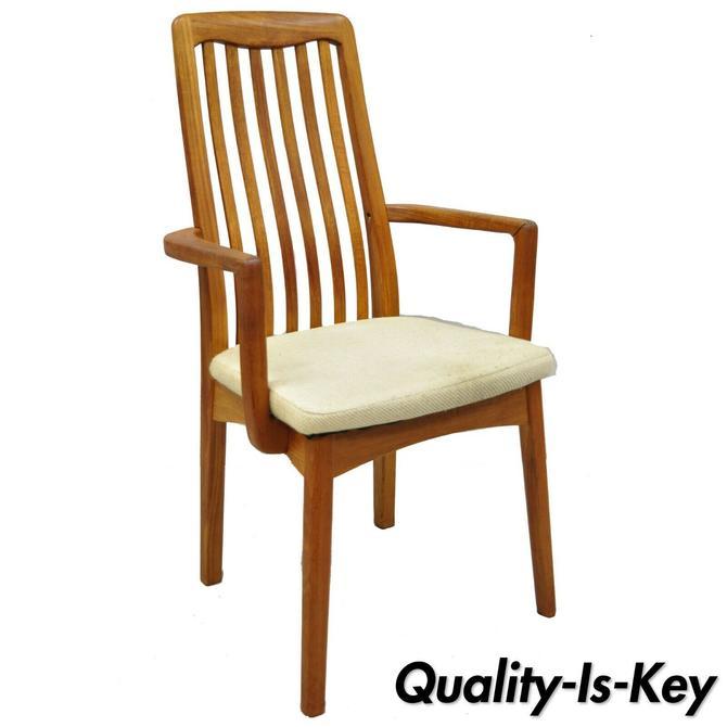 Mid Century Danish Modern Style Teak Wood Benny Linden Dining Arm Chair (B)