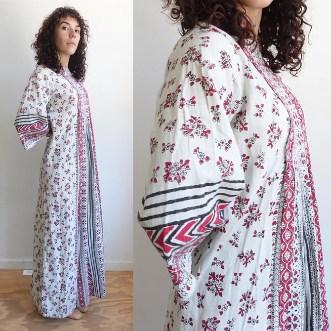 Vintage 70s Hand Printed Indian Cotton Dress with Bell Sleeves/ 1970s Block Print Maxi Caftan/ Size Medium by bottleofbread