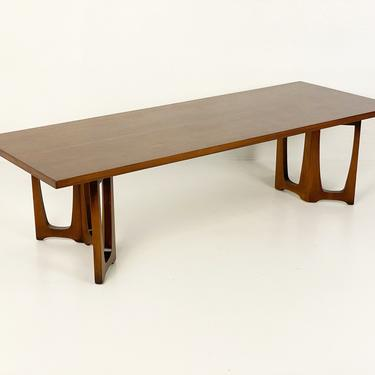 Broyhill Emphasis Coffe Table Model Number 6220-05, Circa 1960s - *Please ask for a shipping quote before you buy. by CoolCatVintagePA