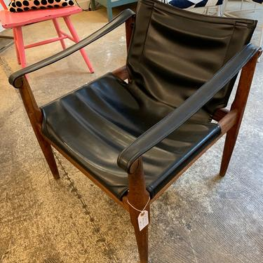 Mid Century Safari Leather Chair by coloniaantiques