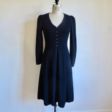 Vintage St. John Navy Blue Santana Knit Dress Long Sleeves Flared Skirt Sweaterdress Medium by seekcollect