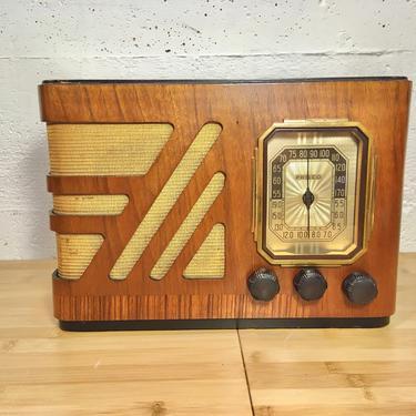 Restored 1938 Philco AM Shortwave Table Radio 38-15 by Deco2Go