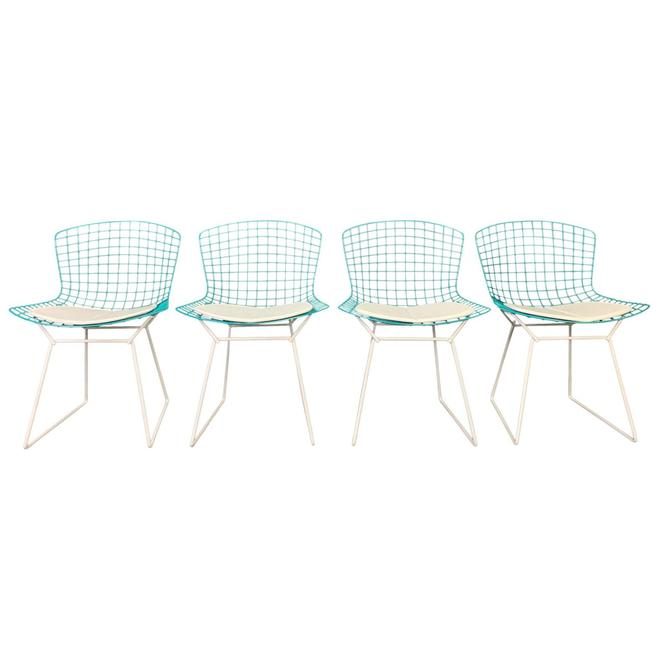 Vintage Mid Century Modern Harry Bertoia for Knoll Chairs- Set of 4 by AymerickModern