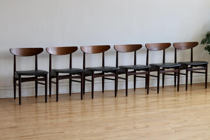 Set of 6 Rosewood Mid Century Danish Modern Dining Chairs by SharkGravy