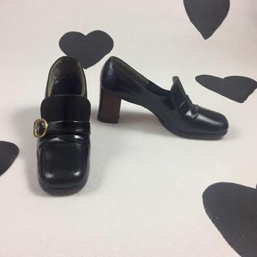 1960's black patent buckle pumps 60's classic mod vinyl pilgrim buckle kitten heels shoes black high heel square toe loafers pumps size 10 by verybestvintage