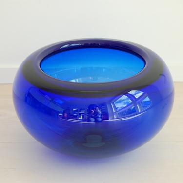 Royal Copenhagen Large Crystal Glass Bowl Cobalt Blue Per Lutken 27cm by MidCentury55