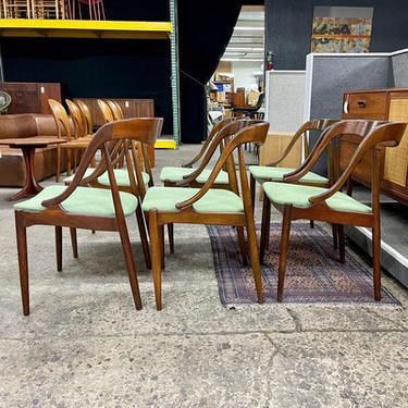 Johannes Andersen Teak Dining Chairs for Moreddi