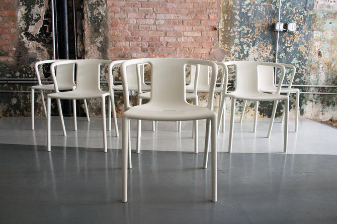 'Air Arm-chairs' by Jasper Morrison for Magis Italy