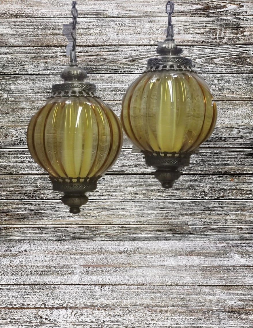 Vintage Globe Hanging Lamps 1960s Amber Gl Swag Pendant Lamp Home Decor Chain Ceiling Lighting By