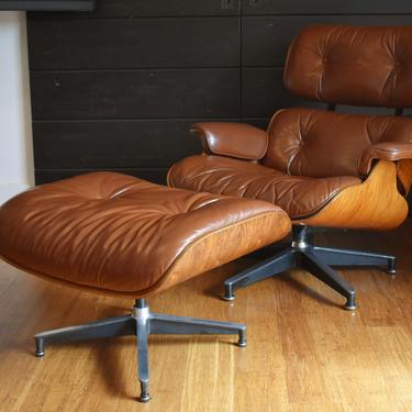 Vintage Brazilian Rosewood Eames lounge chair and ottoman by Herman Miller (670/671), circa 1970s - #571 by MidCenturyClever