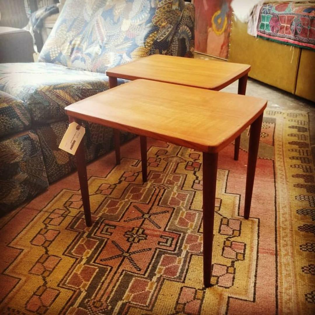 Pair Of Mid Century Modern End Tables 150 From Wishbone