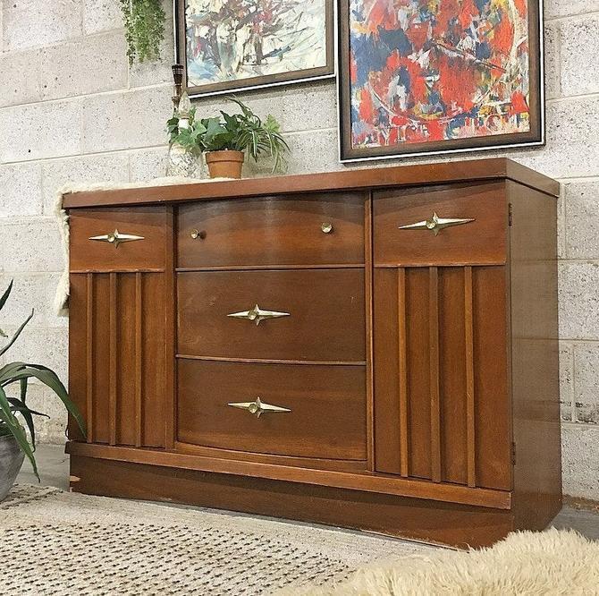 LOCAL PICKUP ONLY ------------ Vintage mcm Dresser by RetrospectVintage215