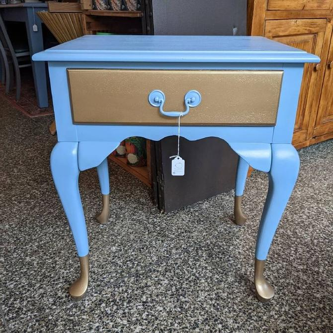 Hand painted end table 23x17x26