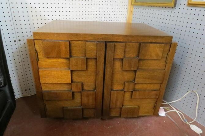 Vintage MCM Brutalist Lane walnut nightstand