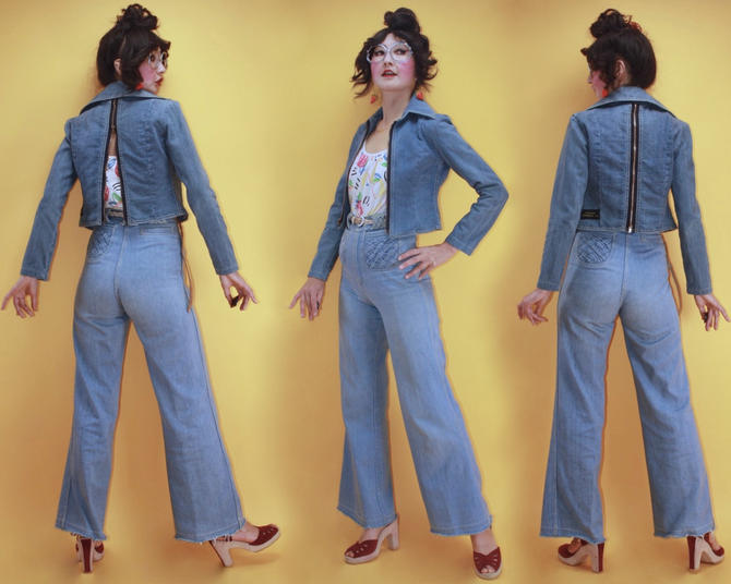 Vintage 1970s Front Back Both Side Zip Up Opener Cropped Denim Jacket by ricardo's ménage de trois/SZ XS/70s Disco Boho Hippie Light Wash by TheeAppleBoutique
