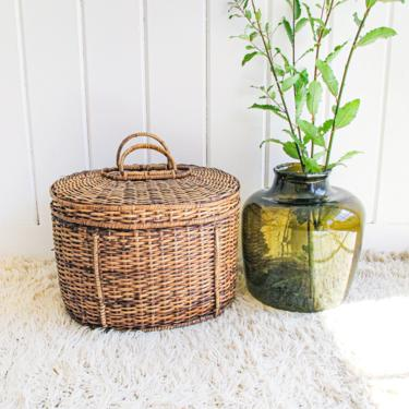 Large Vintage Oval Basket With Lid and Handles by PortlandRevibe