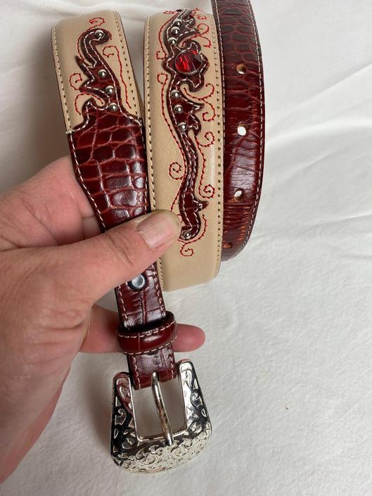 """Ban & brown fancy leather belt with ornate silver buckle southwestern / western style Justin ~Women's belt~ size 32"""" by HattiesVintagePDX"""