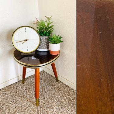 Formica top Planter, Plant stand, vintage table, Tripod Table, Mid Century, Plant Display stool, Side End Table,  German Vintage, Atomic by dadacat