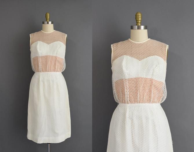 1950s vintage dress | Outstanding Lilli Diamond White Fishnet Cocktail Party Pencil Skirt Wiggle Dress | Medium | 50s dress by simplicityisbliss