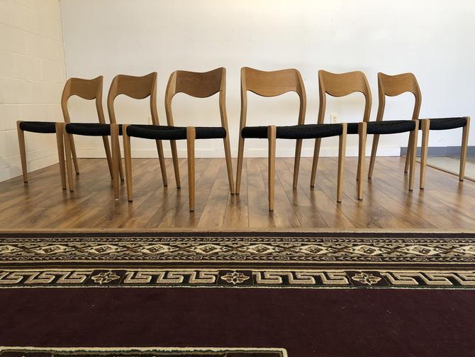 JL Moller Model 71 White Oak Chairs, Set of 6