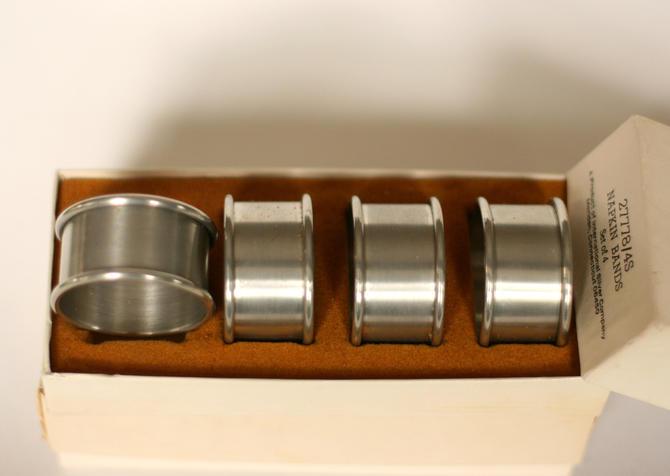 vintage pewter napkin rings/international pewter/set of eight by suesuegonzalas