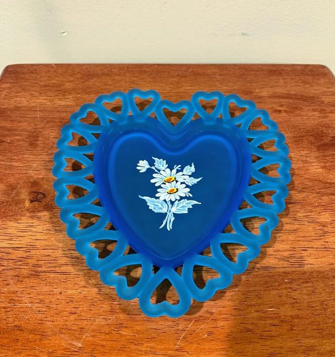 Vintage Westmoreland Daisy Decal on Blue Mist Heart Shaped Plate by OverTheYearsFinds