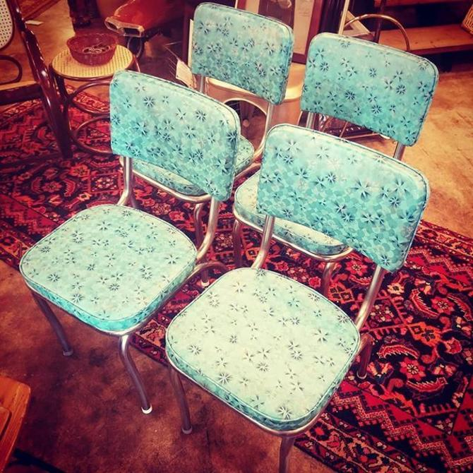 Set of 4 blue retro diner chairs.