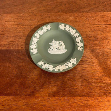 Vintage Wedgwood Jasperware Green Three Slot Ashtray Muses with Pegasus by OverTheYearsFinds