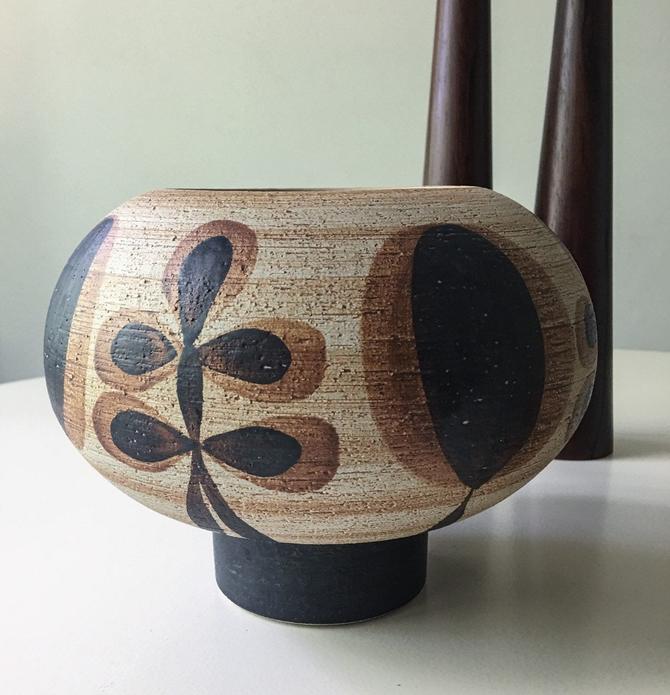 Rotund Vase in Earth Tones studio pottery Vintage Danish mid century ceramic ceramicist Sgrafo by CaribeCasualShop