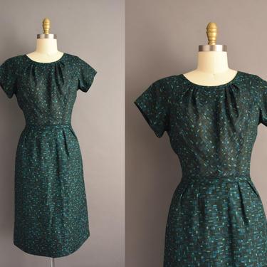 vintage 1950s   Peck & Peck Green Print Short Sleeve Cotton Wiggle Dress   Medium   50s dress by simplicityisbliss