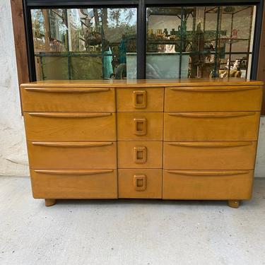 Mid Century Modern Heywood Wakefield Encore Collection 9-Drawer Triple Dresser in Wheat Finish by PrimaForme