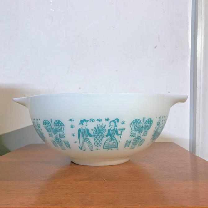 Vintage Pyrex Butterprint Cinderella Mixing Bowl 443 by OverTheYearsFinds