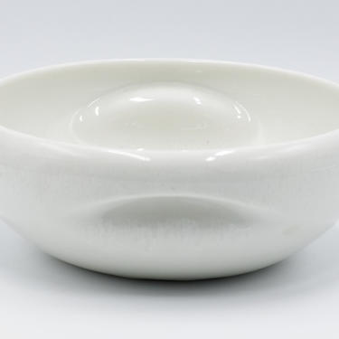 """RUSSEL WRIGHT IROQUOIS China Casual White 8 1/2"""" Pinched Handled Serving Bowl, Vegetable, Round, Cream, Ceramic Dinnerware, by TripodVintage"""