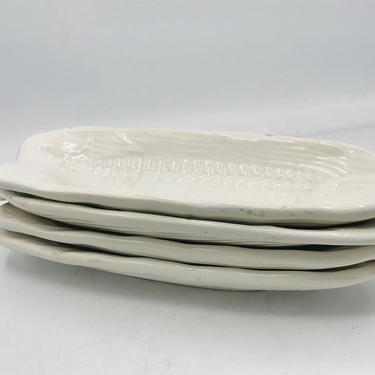 Vintage Set of  (4) White Ceramic Corn on the Cob Dishes -Nice condition- Taiwan by JoAnntiques