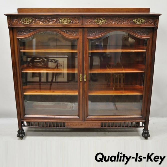 Antique American Victorian Paw Feet Carved Mahogany China Cabinet Bookcase Curio