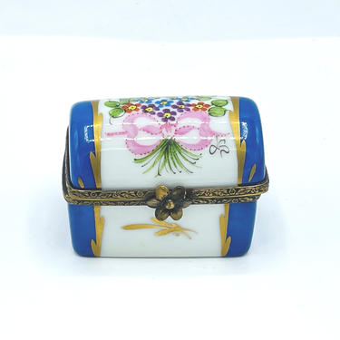 Vintage Limoges France Peint Main Trunk / Treasure Chest Hinged Trinket Box by JoAnntiques