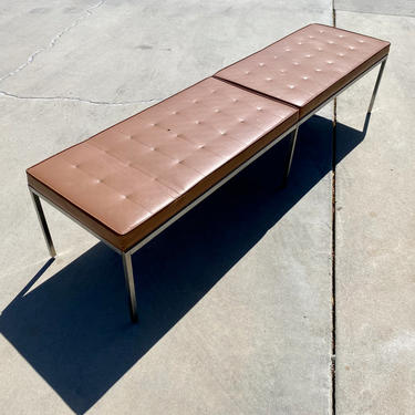 Early Knoll Bench