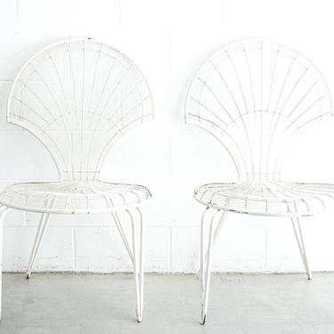 Set of 2 Industrial Midcentury Modern Weathered Wire Metal Patio Chairs by PortlandRevibe