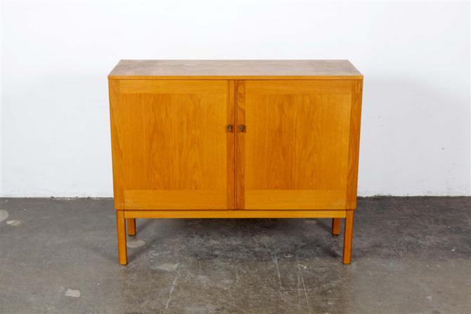 cabinet 407
