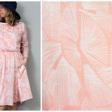 1970's Flirty Peach Long Sleeve Shirtdress in Women's Medium by KittenSurprise