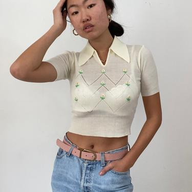 70s embroidered sweater / vintage creamy white pointelle knit short sleeve cropped collared daisy embroidery Bobbie Brooks sweater | XS S by RecapVintageStudio