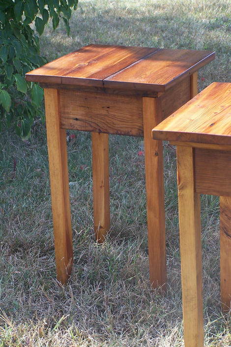 Side Table / Lamp Table / End Table by BarnWoodFurniture
