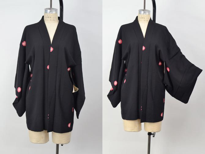 Vintage 1950s Striking Black Japanese Minimalist Haori, 1950s Vintage, Art Deco Japanese Kimono Mid Century Modern, Size Medium by MobyDickVintage