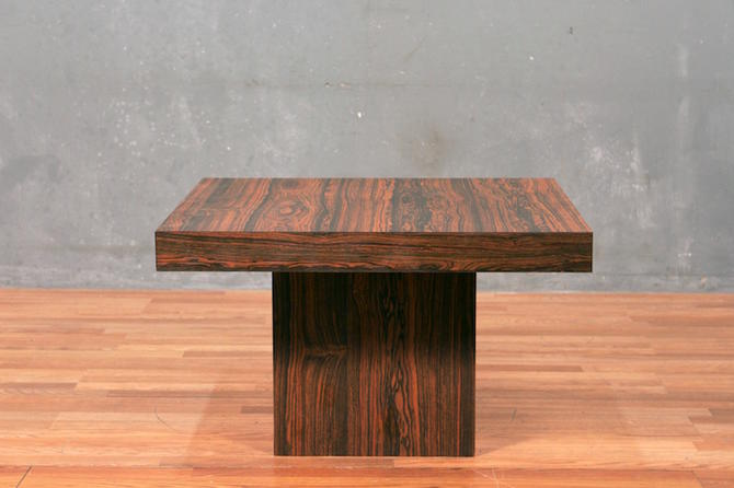 Rosewood Laminate Pedestal Coffee Table – ONLINE ONLY