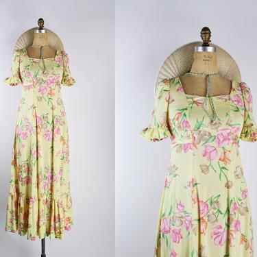 70s Floral Maxi Dres / Yellow Dress / Prairie Dress / Boho / 1970s / Flowy Skirt / Size S/M by PARASOLvintage